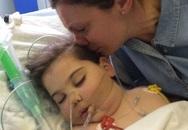"""Căn bệnh ung thư quái ác khiến không đứa trẻ nào sống sót: Nỗi đau bất lực của cha mẹ khi phải chứng kiến con """"chết dần trong chính cơ thể mình"""""""