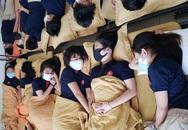 Hiệu trưởng giật mình khi thấy ảnh học sinh đeo khẩu trang lúc ngủ