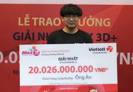 Nam sinh viên không che mặt đi nhận giải Vietlott 20 tỷ: Ngày nào cũng mua vài vé đến vài chục vé
