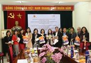 UNFPA tại Việt Nam cung cấp thiết bị bảo hộ cá nhân hỗ trợ người cao tuổi trong bối cảnh COVID-19