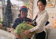 Tiền phúng điếu Vân Quang Long chia đều cho hai người vợ