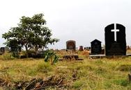 """""""Người chết"""" sống lại trong đám tang"""