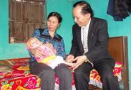 Xót xa hình ảnh bụng ngày càng phình to của bé Nguyễn Thị Dung
