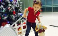 Con gái Hồng Nhung lém lỉnh, quậy tưng bừng khi đi chơi với bố mẹ và anh trai