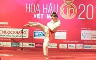 Xem thí sinh Hoa hậu Việt Nam đấu võ, làm xiếc trên sân khấu