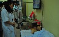 Bác sĩ bị đấm vỡ gò má vẫn khủng hoảng tinh thần nghiêm trọng