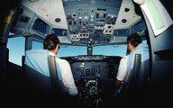 Xót thương xác phi công máy bay rơi vẫn nắm chặt cần điều khiển