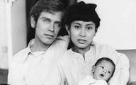 Chuyện tình của nữ chính trị gia nổi tiếng nhất Myanmar