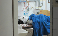 Tạm giữ 2 đối tượng đưa nạn nhân bỏng nhập viện