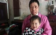Hà Nội: Người mẹ hy sinh đôi mắt để đổi mạng sống cho con