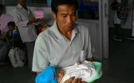20 ngày sống sót của bé sơ sinh bị ném xuống giếng sâu