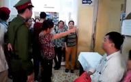 """Bộ Y tế làm việc khẩn với Bệnh viện K về clip """"vòi tiền"""""""