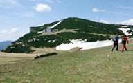 Hướng dẫn viên say xỉn, bỏ quên 60 du khách trên núi