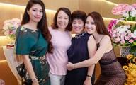 Dàn hotgirl VTV mừng Á hậu Thụy Vân lên chức bà chủ