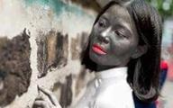 Lạ lùng bức ảnh kỷ yếu nữ sinh... mặt đen thui