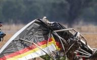 """Nhà quay phim gốc Việt của """"Cuộc đua kỳ thú"""" tử nạn trong vụ rơi máy bay ở Úc"""