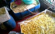 Hàng chục tấn măng nhuộm chất vàng ô