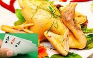 Công an xin lỗi 4 người đánh bài ăn thịt gà ở Cà Mau