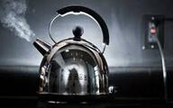 Bé 17 tháng tuổi bị bỏng nặng do ấm nước pha trà của ông nội