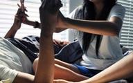 Ôm bạn gái dưới 16 tuổi có phạm tội?
