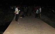 Một phụ nữ bị đập đầu tử vong trước cổng nhà