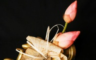 Thạc sĩ hóa học ướp hoa sen 'bất tử' bán giá 100.000 đồng