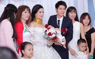 Siêu đám cưới tại bãi đất rộng 5.000m2 ở Hà Nội: 3.000 khách dự tiệc, ca sĩ Quang Lê - Lệ Quyên hát góp vui