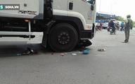 Va chạm giao thông, thai phụ bị xe tải cuốn vào gầm