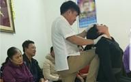 Nam thanh niên chữa câm điếc bằng cách vả vào mặt  người bệnh từng là… ca sỹ