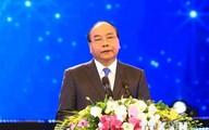 Thủ tướng lên đường dự cuộc gặp các nhà lãnh đạo ASEAN, thăm Indonesia