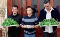 Lộ ảnh Cường Đô La bê tráp qua ăn hỏi tại nhà Đàm Thu Trang?