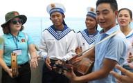 """Những """"tiếng hát át tiếng sóng"""" ở quần đảo Trường Sa"""