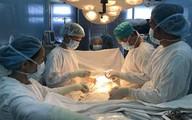 Cô dâu trẻ ung thư thà chết chứ không chịu cắt bỏ tử cung