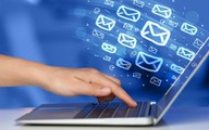 Công cụ đơn giản giúp viết email tiếng Anh tự tin hơn