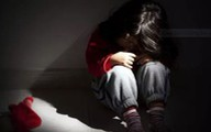 Khởi tố một cựu công an sau vụ bé gái 6 tuổi bị hiếp dâm