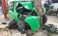Taxi tông liên hoàn 2 ôtô ở Sài Gòn, 2 người bị thương nặng