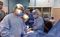 Lần đầu tiên tạo hình gương mặt bỏng axit trong 1 thì bằng vi phẫu