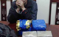 Nghệ An: Bắt giữ một đối tượng đang mua bán trái phép 8 bánh heroin