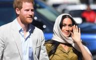 Nữ hoàng Anh bày tỏ thái độ không hài lòng với vụ kiện 'thiếu khôn ngoan' của vợ chồng Meghan Markle