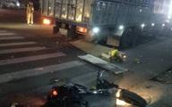 Xe tải biển Lào đâm loạt xe máy ở ngã tư khiến 1 người tử vong, 2 người bị thương nặng