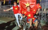 Việt Nam chiến thắng, Đàm Vĩnh Hưng, Vũ Hà 'đi bão' bằng xích lô
