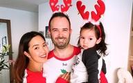 Con gái Hà Anh đón Giáng sinh sớm bên bố mẹ