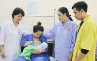 Cứu sống 2 mẹ con sản phụ trước nguy cơ tử vong