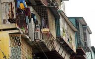 """Sau vụ 3 bà cháu chết cháy ở Hà Nội, người sống trong """"chuồng cọp"""" lại mất ngủ lo giữ mạng"""