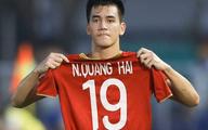 """Nghệ sĩ Việt nghẹn ngào sau trận """"hoà mà như thắng"""" của U22 Việt Nam"""