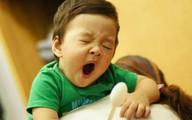 Cho trẻ ngủ muộn không chỉ thấp còi, mà còn có nhiều nguy cơ khác