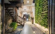 Ngôi nhà trong hẻm nhỏ nhưng đầy bóng nắng và cây xanh ở thành phố Đà Nẵng