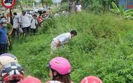 Tá hỏa phát hiện thi thể nam giới giữa cánh đồng, bên cạnh chiếc xe gắn máy