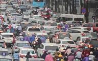 Đường phố Hà Nội tắc nghẽn trong ngày làm việc đầu tiên sau kỳ nghỉ lễ