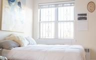 4 điều bạn cần phải làm ngay để phòng ngủ nhỏ của mình trông lớn hơn diện tích thực